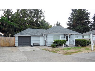 Single Family Home For Sale: 2001 SE 112th Ave