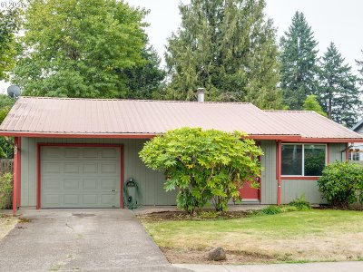 Canby OR Single Family Home For Sale: $240,000