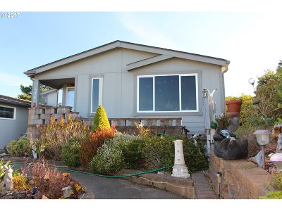 Florence  Single Family Home For Sale: 1601 Rhododendron Dr #574