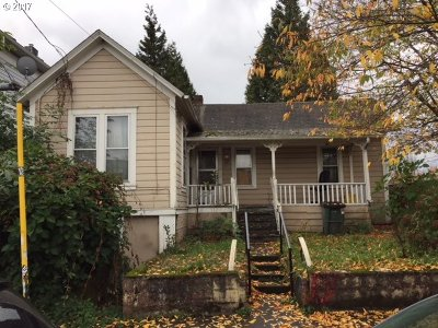 Portland Single Family Home For Sale: 616 SE Mill St
