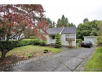 Portland Single Family Home For Sale: 4340 NE 114th Ave