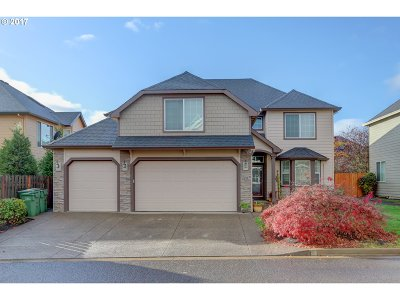 Newberg, Dundee Single Family Home For Sale: 331 W Edgewood Dr