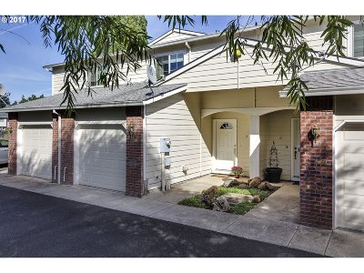 Forest Grove OR Condo/Townhouse For Sale: $259,900