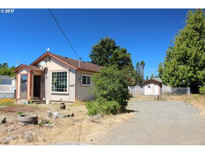Florence OR Single Family Home For Sale: $150,000