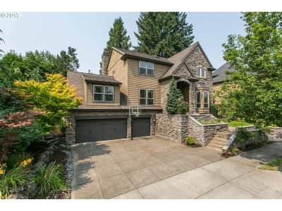 Lake Oswego Single Family Home For Sale: 12439 SW 22nd Ave