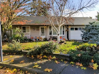 Eugene Single Family Home For Sale: 4025 N Clarey St