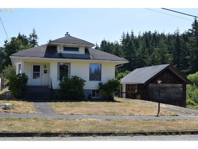Coquille OR Single Family Home For Sale: $225,000