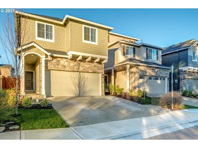 Happy Valley, Clackamas Single Family Home For Sale: 13789 SE Siskin Ln
