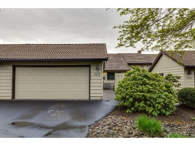 West Linn Condo/Townhouse For Sale: 6278 Preakness Dr