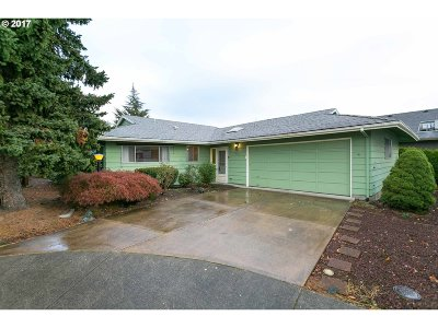Tigard Single Family Home For Sale: 15790 SW Royalty Pkwy
