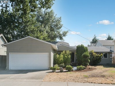 Hillsboro, Cornelius, Forest Grove Single Family Home For Sale: 2760 SE 70th Ave