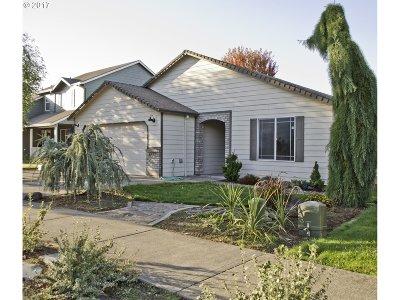 Gresham Single Family Home For Sale: 6417 SE 29th Way