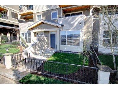 Portland Condo/Townhouse For Sale: 3123 N Willamette Blvd #103