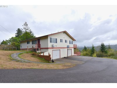 Coos Bay Multi Family Home For Sale: 1770 S 22nd
