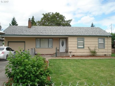 Single Family Home Sold: 11933 SE Pardee St
