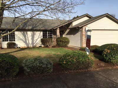Salem OR Single Family Home For Sale: $250,000