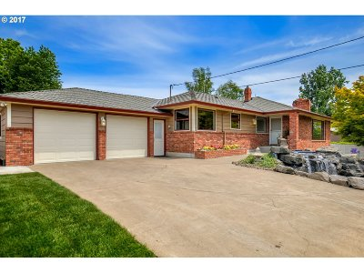 Happy Valley OR Single Family Home For Sale: $599,995