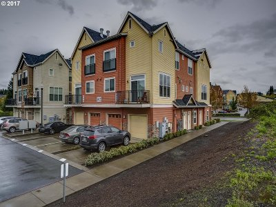 Hillsboro Condo/Townhouse For Sale: 102 NW Canvasback Way #203