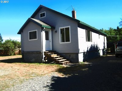 Scappoose Single Family Home For Sale: 31980 Raymond Creek Rd