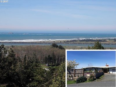 Gold Beach Single Family Home For Sale: 29810 Turner St