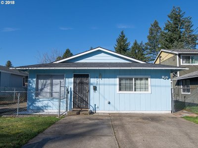 Portland Single Family Home For Sale: 6737 SE 65th Ave