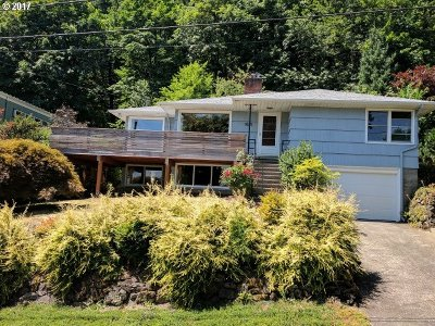 Single Family Home For Sale: 1825 SE Mountain View Dr