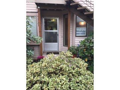Portland Condo/Townhouse For Sale: 5125 SW Oleson Rd