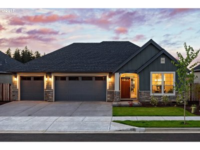 Milwaukie Single Family Home For Sale: 6413 Ketchum St #Lot32