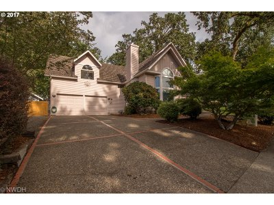 Eugene Single Family Home For Sale: 2703 Moon Mountain Dr