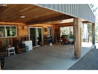 Baker County Single Family Home For Sale: 40697 Cracker Crk Rd