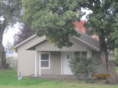 Molalla Single Family Home For Sale: 209 W 3rd St