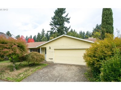 Tualatin Single Family Home For Sale: 21602 SW Columbia Dr
