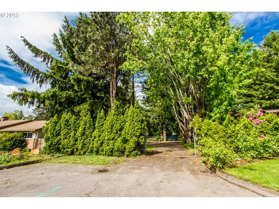 Milwaukie Residential Lots & Land For Sale: SE 49th St #5200