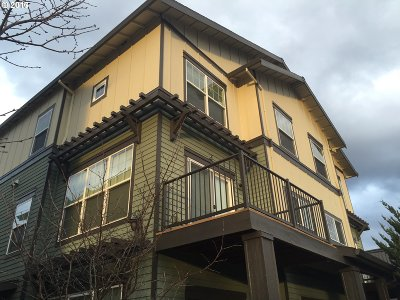 Happy Valley Condo/Townhouse For Sale: 11265 SE Causey Cir