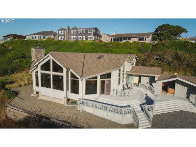 Bandon Single Family Home For Sale: 2970 Beach Loop Dr