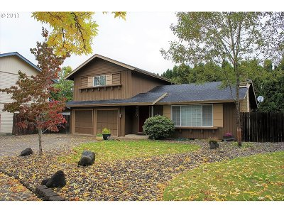 Springfield Single Family Home For Sale: 6680 C St
