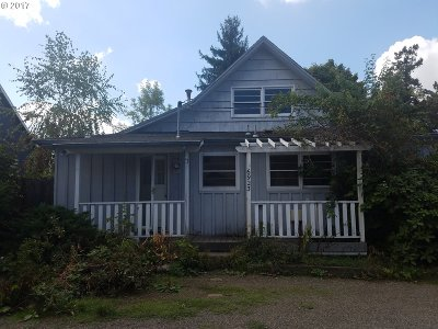 Beaverton Single Family Home For Sale: 6923 SW Marlin Ct