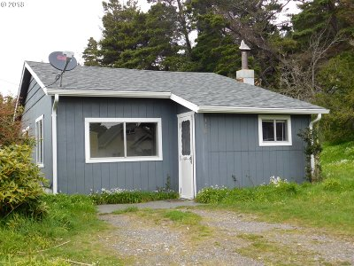 Port Orford Single Family Home For Sale: 338 Tenth St