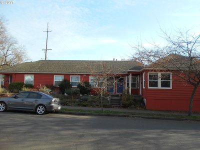 Portland OR Multi Family Home For Sale: $895,000