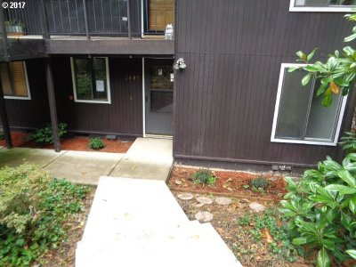 Eugene Condo/Townhouse For Sale: 2605 Woodstone Pl