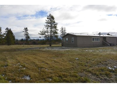 Bend Single Family Home For Sale: 55600 Lazy River Dr