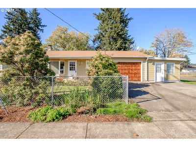 Aumsville Single Family Home Sold: 185 N 7th St
