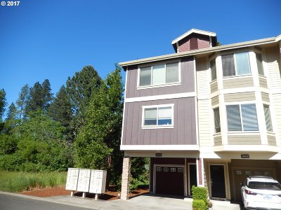 Tigard Condo/Townhouse For Sale: 10430 SW Akilean Ter