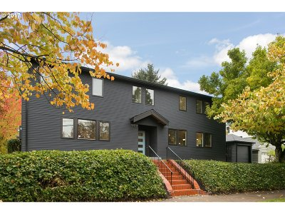 Portland Single Family Home For Sale: 1809 NE 28th Ave