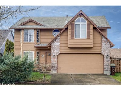 Hillsboro Single Family Home Bumpable Buyer: 835 SE 68th Pl