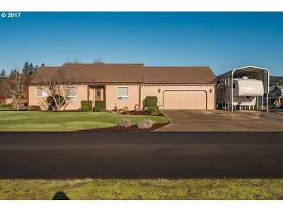 Lyons Single Family Home Sold: 285 Goldenleaf Ct