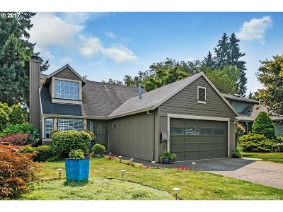 Tigard Single Family Home For Sale: 9222 SW Martha St