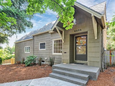 Portland Single Family Home For Sale: 8435 SW 11th Ave