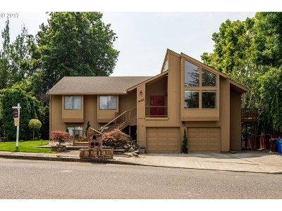 Single Family Home For Sale: 4022 NE 5th Dr