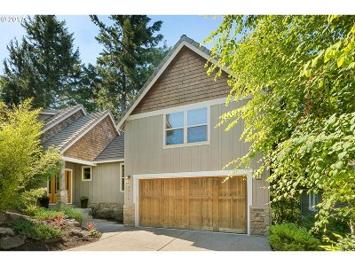 Forest Heights, Forest Heights - Wash County, Forest Heights Estates, Forest Heights, Caxton Woods, Forest Heights/Mill Woods, Forest Heights/Ridgeview Single Family Home For Sale: 8906 NW Rockwell Ln